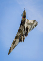 Avro Vulcan XH558 overhead in it's run up to Southport Airshow